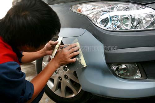 Có nhiều nguyên nhân do người dùng khiến xe dần bị xước nhiều hơn