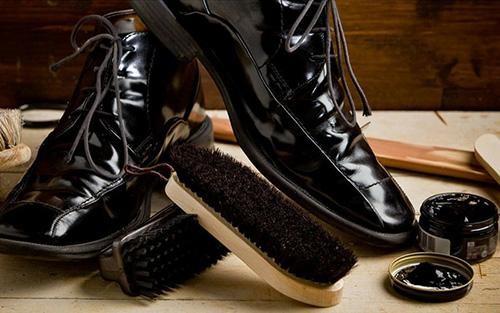 bộ dụng cụ đánh giày giá không quá cao