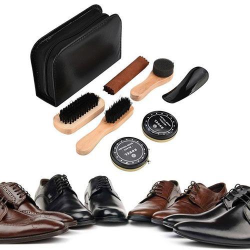 bộ đánh giày chuyên nghiệp có thể làm sạch nhiều loại giày khác nhau